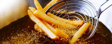 How to Choose, Clean, and Dispose  of Deep Fryer Oil