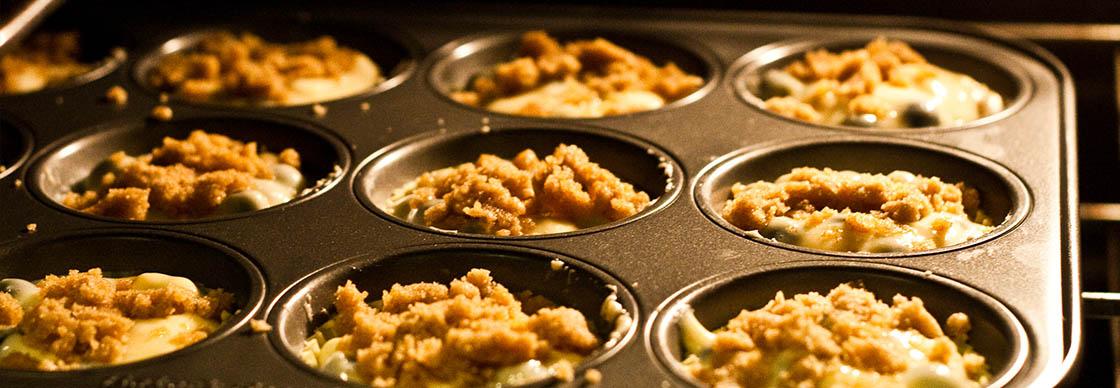 Types of Baking Pan Materials