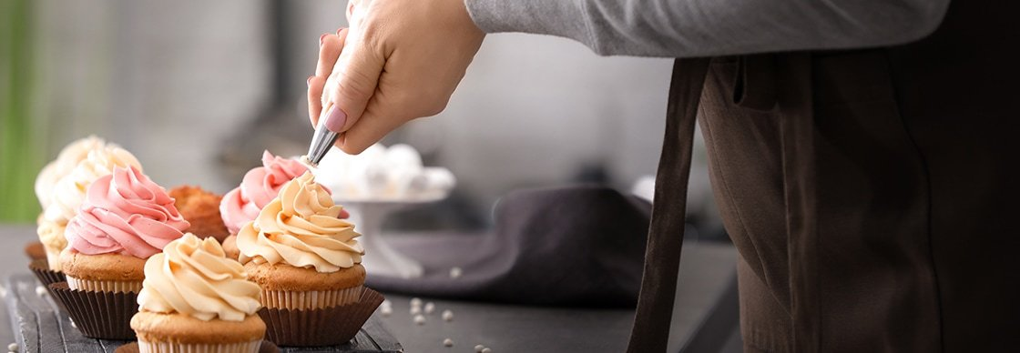 Types of Pastry Bags and Tips