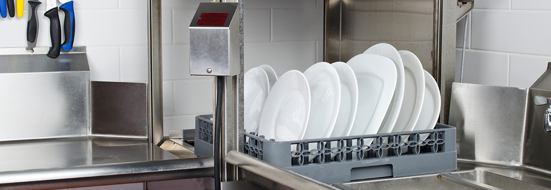Types Of Commercial Dishwashers