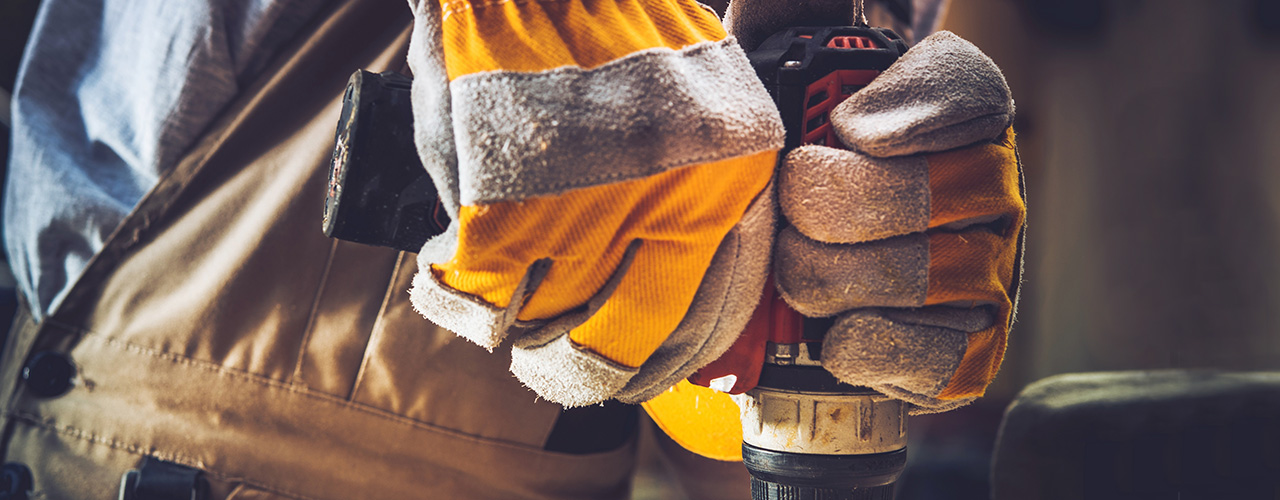 Types of Work Gloves: Choosing the Best Protective Work Gloves