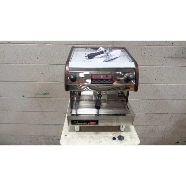 Scratch and Dent Cecilware ESP1-220V Venezia II One Group Espresso Machine 240V Main Image 1