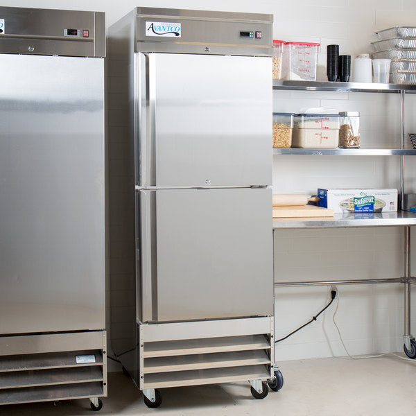 """Scratch and Dent Avantco SS-1F-2-HC 29"""" Stainless Steel Solid Half Door Reach-In Freezer Main Image 1"""