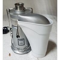 Waring JE2000 Heavy-Duty 16,000 RPM Juice Extractor with Pulp Ejection