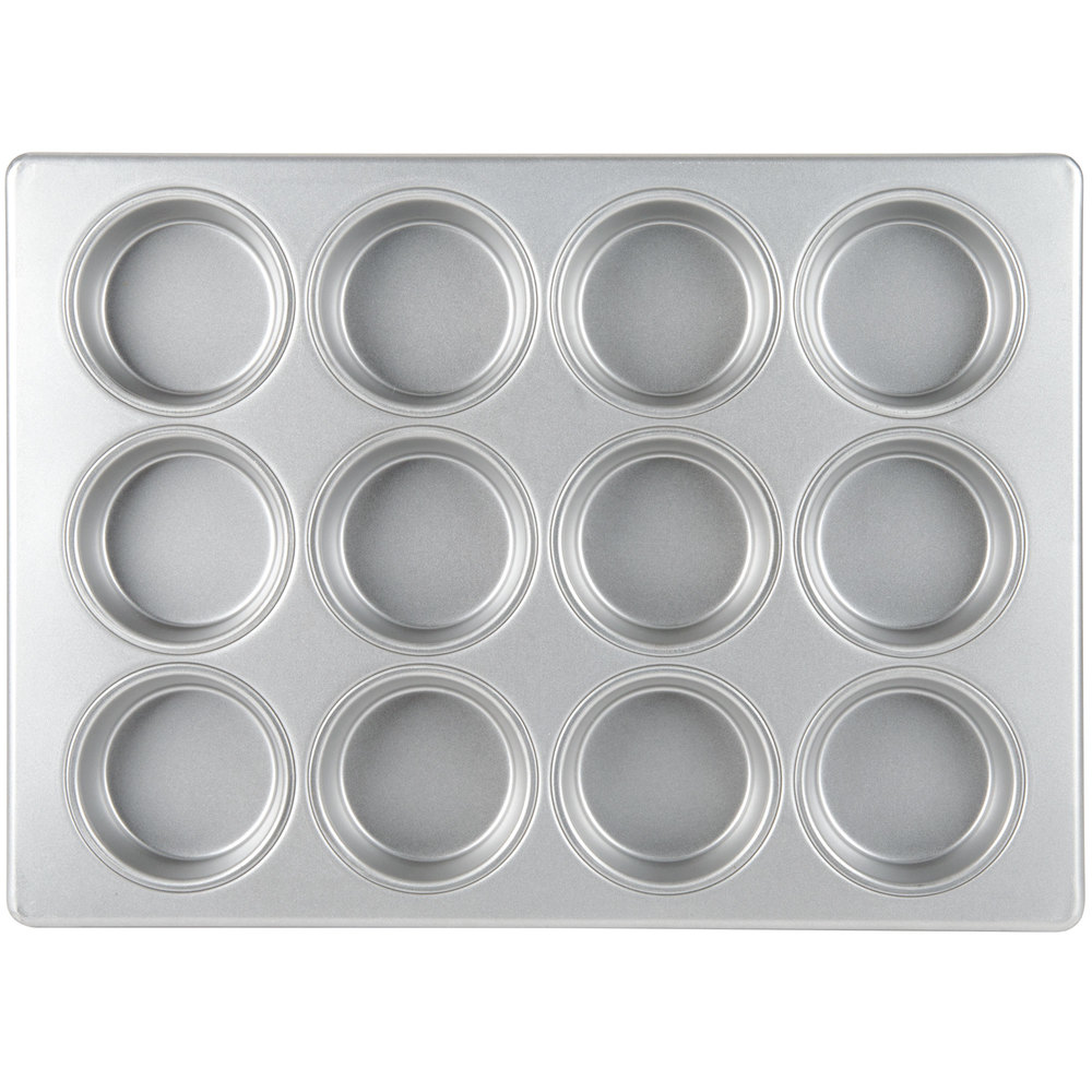 Light colored muffin pan