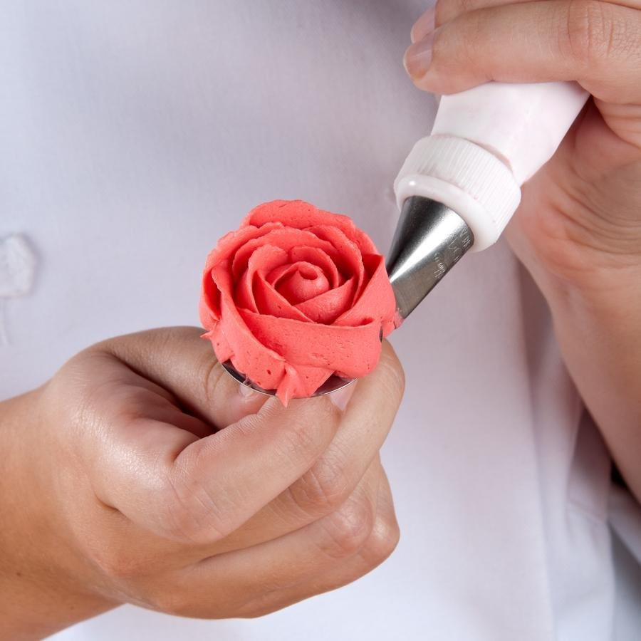 Piping a rose onto a flower nail