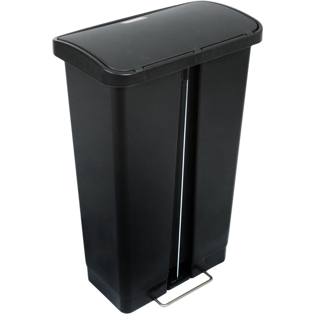 rubbermaid 1883611 slim jim resin black front step on trash can 13 gallon. Black Bedroom Furniture Sets. Home Design Ideas