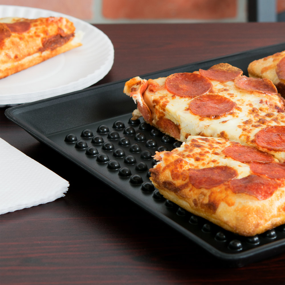 HS polypropylene black pizza tray with pepperoni pizza