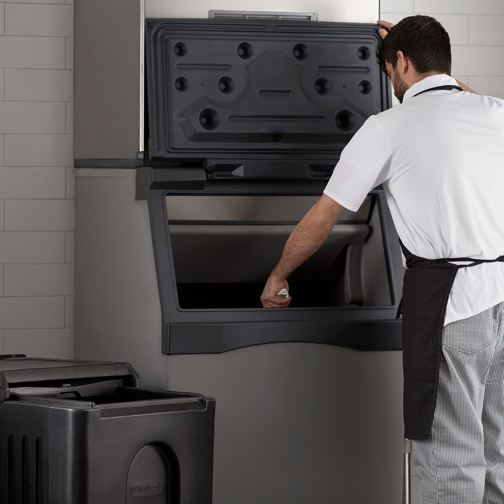 Choosing the Best Commercial Ice Machine | Types of Ice Machines