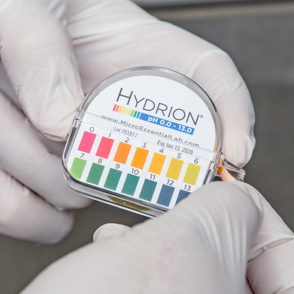 hydrion papers Hydrion sanitizer test kits have been trusted worldwide for nearly 40 years to test the concentration of chlorine-based sanitizer solutions hydrion micro chlorine test paper measures the concentration of free available chlorine in a range between 10 and 200 parts per million (ppm), with color matches at 10-50-100-200 ppm.