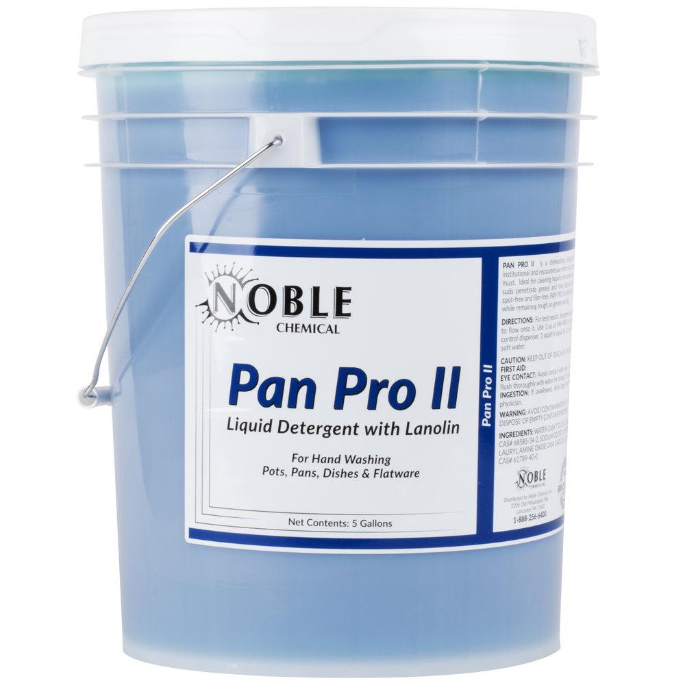 Noble Chemical Pan Pro II 5 gallon / 640 oz. Pot & Pan Soap