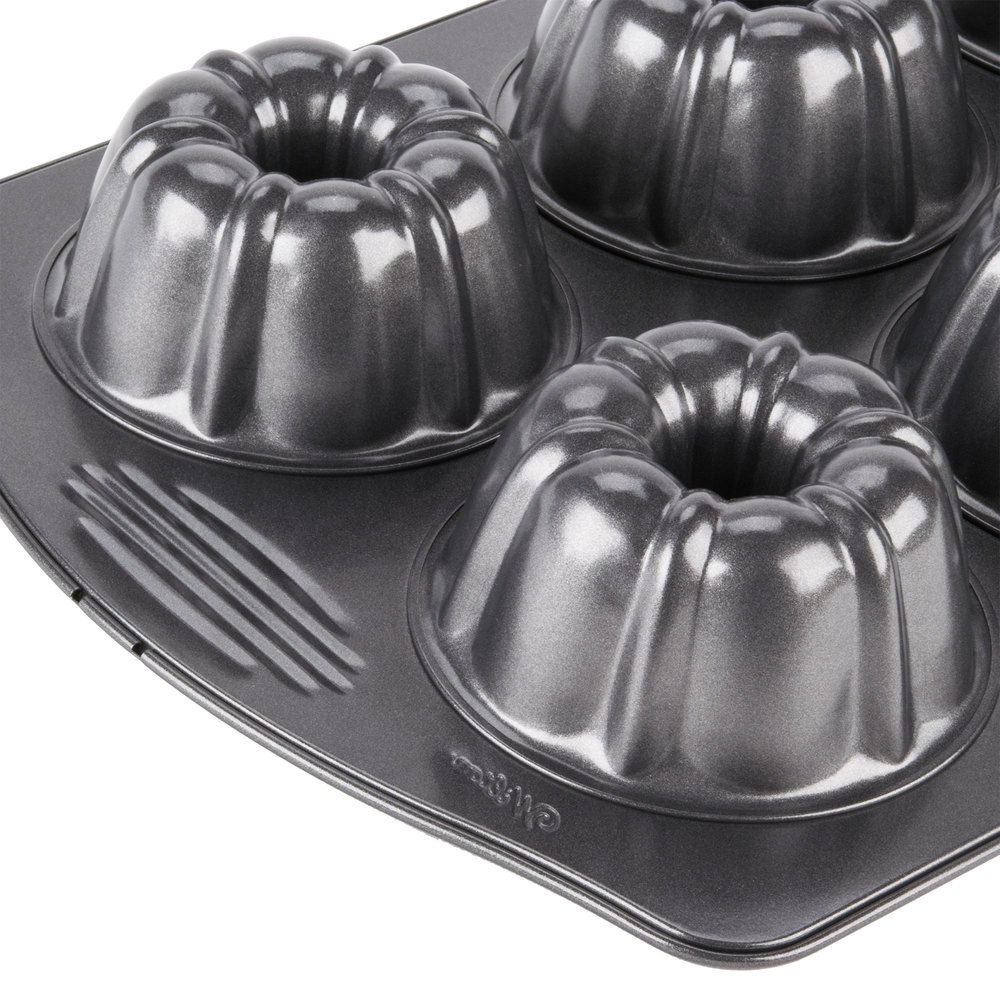 Wilton 2105 445 Excelle Elite 6 Mold Fluted Non Stick Mini