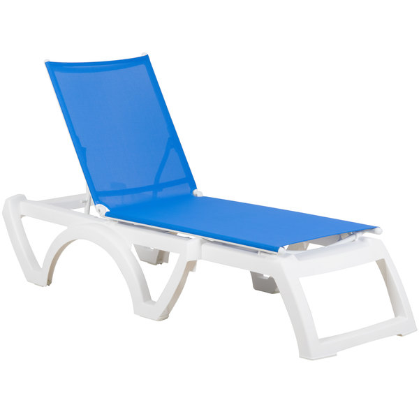 Case of 16 Grosfillex US476006 / US746006 Calypso White / Blue Stacking Adjustable Resin Sling Chaise