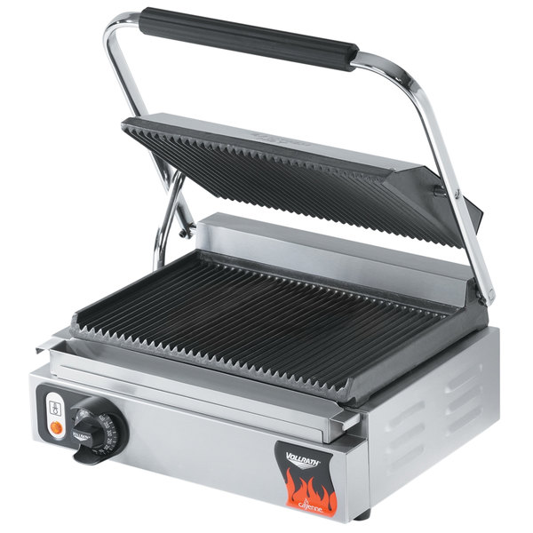 """Vollrath 40794-C 16 1/8"""" x 9 5/8"""" Grooved Top & Bottom Single Panini Sandwich Grill - 120V (Canadian Use Only)"""