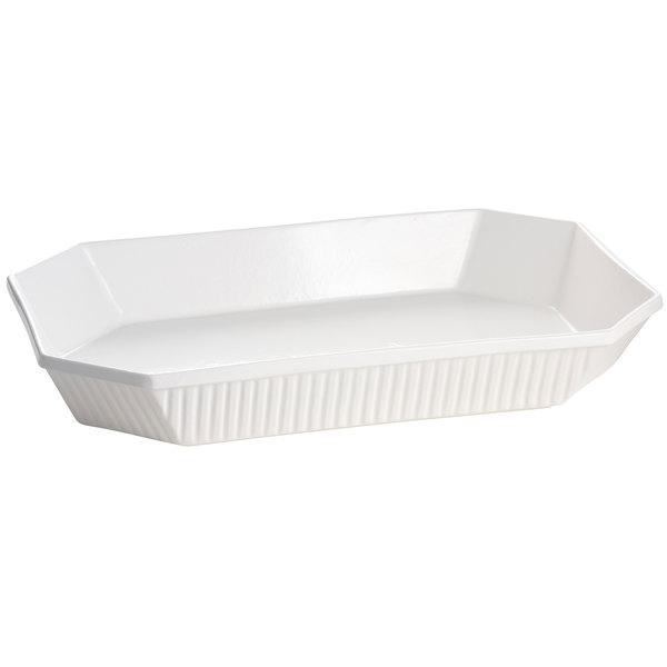 Tablecraft CW2010W 4.5 Qt. White Cast Aluminum Octagon Casserole Dish
