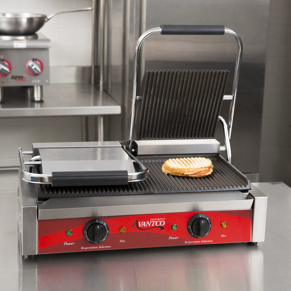 """Avantco P84 Double Grooved Commercial Panini Sandwich Grill - 18 3/16"""" x 9 1/16"""" Cooking Surface - 120V, 3500W"""