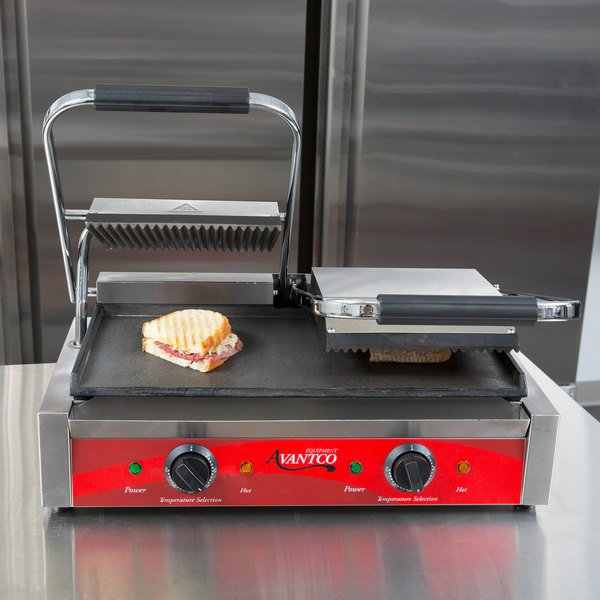 """Avantco P88SG Double Grooved Top and Smooth Bottom Commercial Panini Sandwich Grill - 18 3/16"""" x 9 1/16"""" Cooking Surface - 120V, 3500W"""
