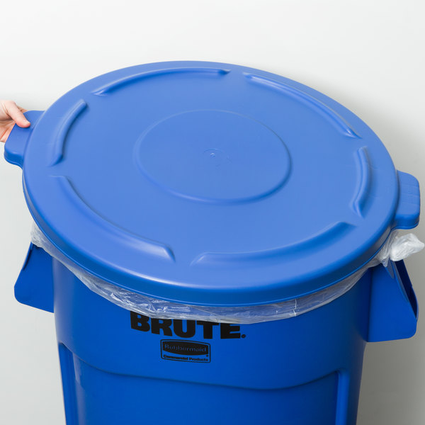 Rubbermaid 1779636 BRUTE 44 Gallon Blue Trash Can Lid Main Image 6