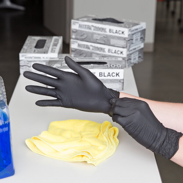 Box of 100 NitroMax Nitrile Gloves 5 Mil Thick Small Powder-Free