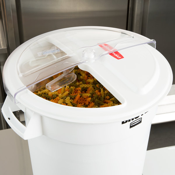 Rubbermaid FG9G7600WHT ProSave Rotating Lid with 2 Cup Scoop Main Image 9
