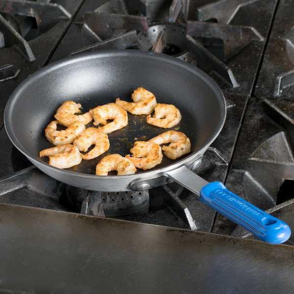 """Vollrath EZ4010 Wear-Ever 10"""" Ever-Smooth CeramiGuard II Non-Stick Fry Pan with Rivetless Cool Handle"""