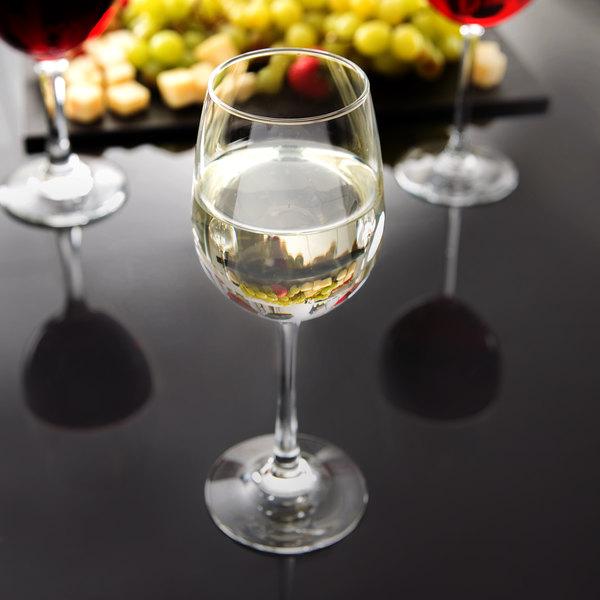 Libbey 7517 Vina 10.25 oz. Tall Wine Glass - 12/Case