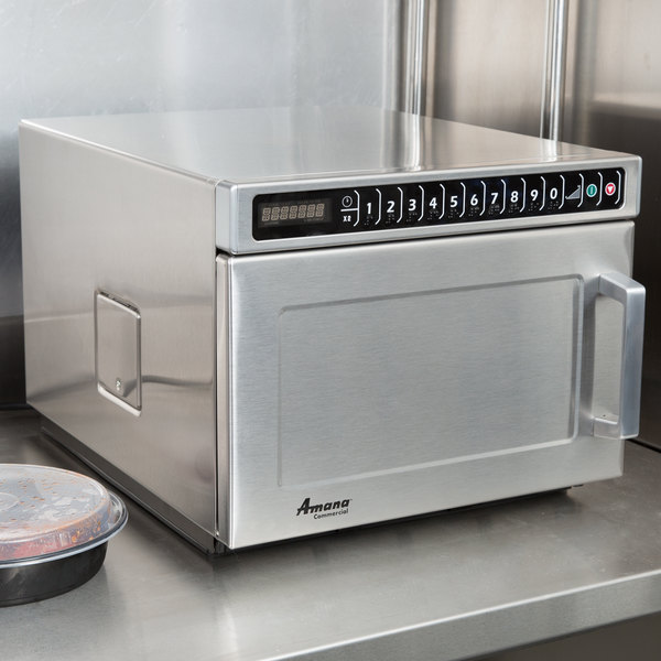 Amana HDC18SD2 1800W Heavy Duty Stainless Steel Commercial Microwave with Solid Door - 208/240V