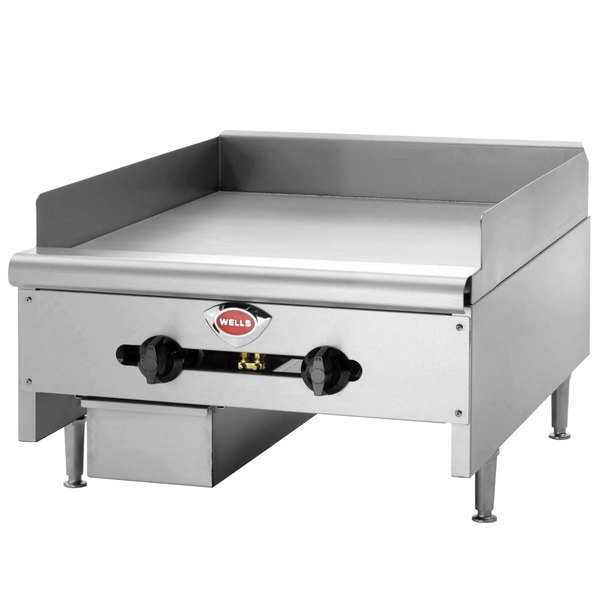 "Wells HDG-2430G Natural Gas Heavy Duty 24"" Countertop Griddle - 60,000 BTU"