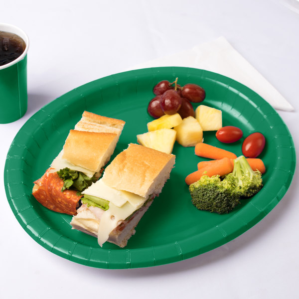 "Creative Converting 433261 12"" x 10"" Emerald Green Oval Paper Platter - 96/Case Main Image 3"