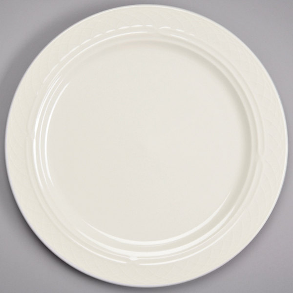 "Homer Laughlin 3337000 Gothic 10"" Ivory (American White) Undecorated Mid Rim China Plate - 24/Case"