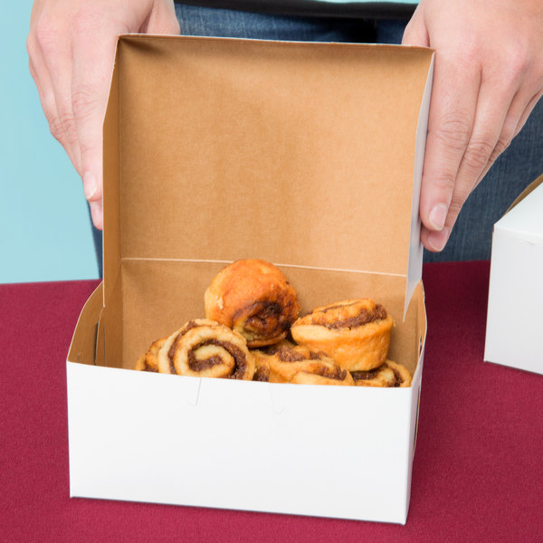 """Southern Champion 0903 6"""" x 4 1/2"""" x 2 3/4"""" White Cake / Bakery Box - 250/Bundle"""