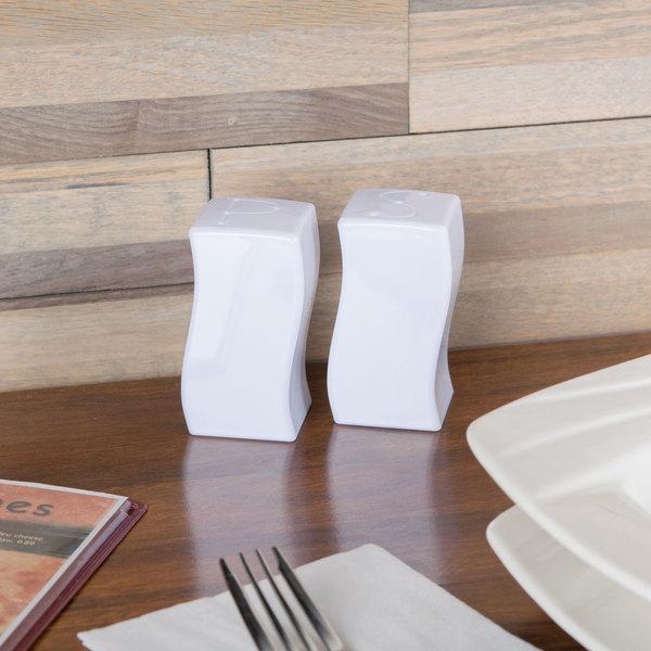 Fineline Tiny Temptations 610102-WH Tiny Twinnies White Plastic Salt and Pepper Shaker Set - 12/Case