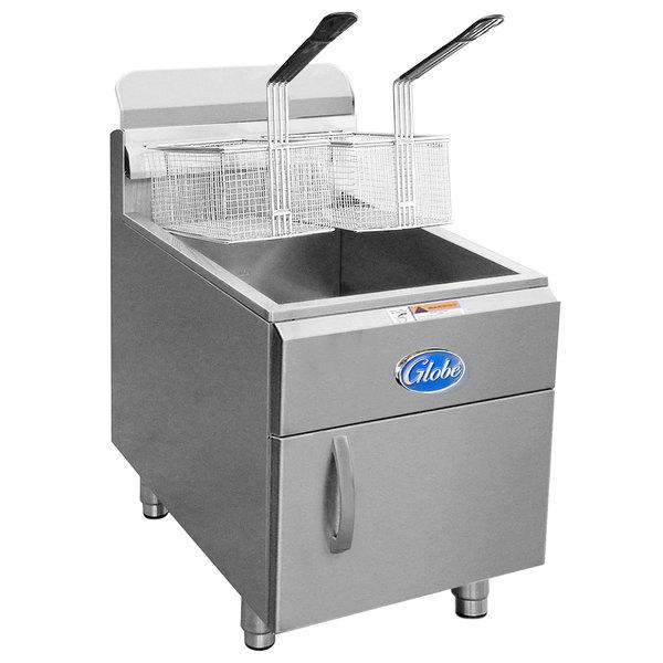 Globe GF30G 30 lb. Natural Gas Countertop Fryer - 53,000 BTU