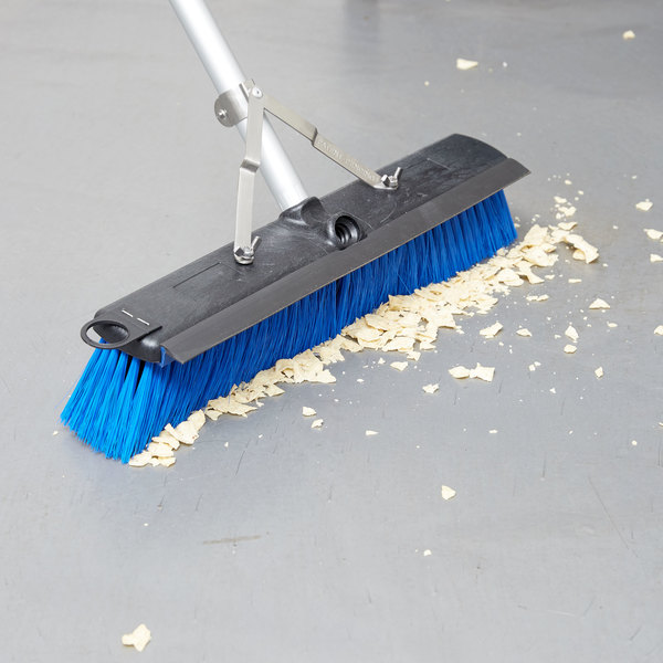"Carlisle 3621961814 Sparta Sweep Complete 18"" Floor Sweep with Squeegee"