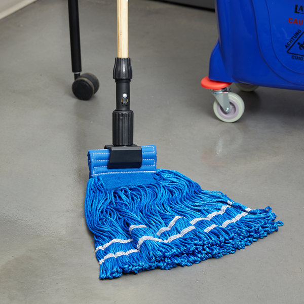 """Knuckle Buster MFSTM22BL 22 oz. Large Knuckle Buster Microfiber String Mop Head with Blue Scrubber and 5"""" Band Main Image 6"""