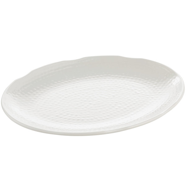 "Tablecraft M1612 Frostone 16"" x 12"" White Oval Pebbled Melamine Tray"