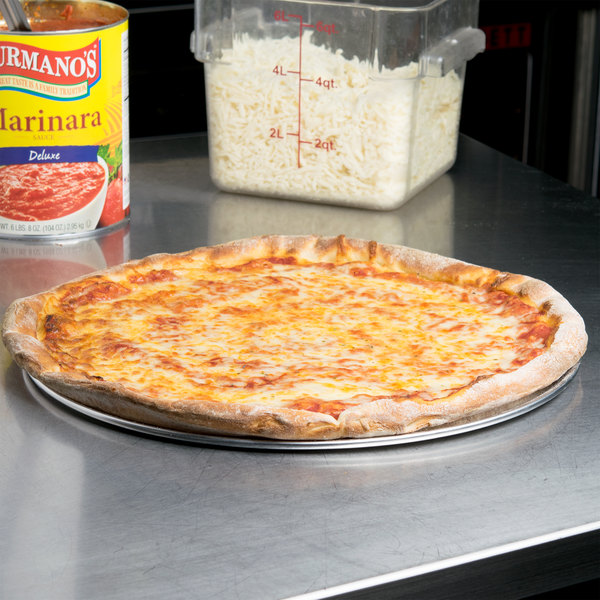 "16"" Aluminum Coupe Pizza Pan Main Image 4"