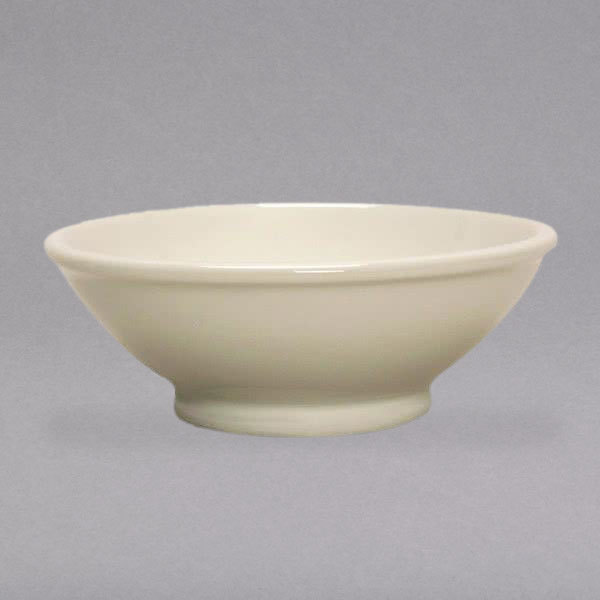 Tuxton BEB-1708 DuraTux 17 oz. Ivory (American White) Footed China Salad / Pasta Bowl - 12/Case