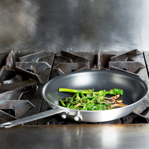 """Vollrath N7010 Arkadia 10"""" Non-Stick Aluminum Fry Pan"""