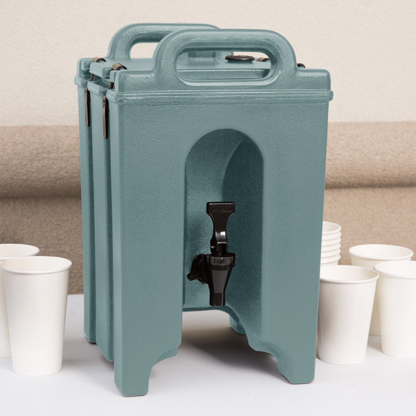 Cambro 100LCD401 Camtainer 1.5 Gallon Slate Blue Insulated Beverage Dispenser