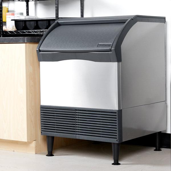 "Scotsman CU1526SA-1 Prodigy Series 26"" Air Cooled Undercounter Small Cube Ice Machine - 150 lb. Main Image 4"