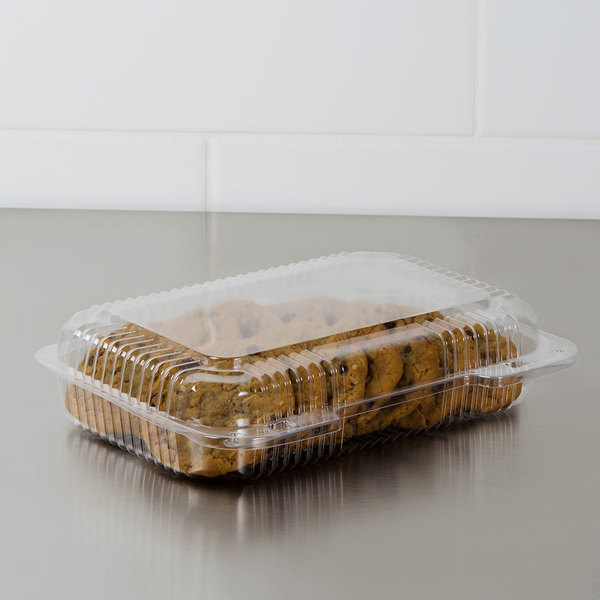 """Dart C30UT1 StayLock 9 3/8"""" x 6 3/4"""" x 2 1/8"""" Clear Hinged Plastic Medium Shallow Dome Oblong Container - 125/Pack"""