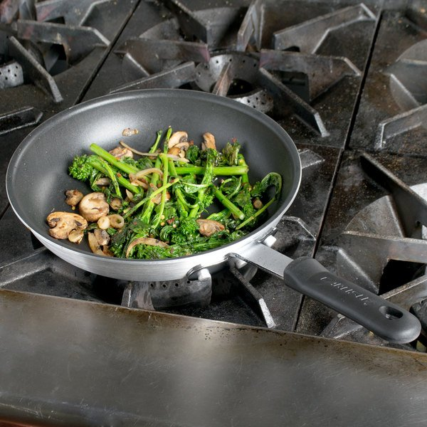 "Carlisle 60910XRS 10"" Aluminum Non-Stick Fry Pan with Excalibur Coating and Black Dura-Kool Handle Main Image 3"