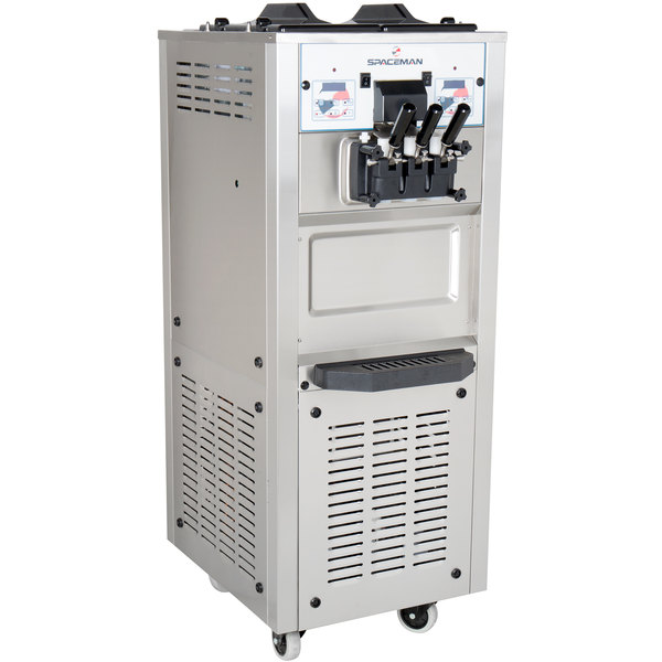 Spaceman 6250H Soft Serve Ice Cream Machine with 2 Hoppers - 208/230V Main Image 1