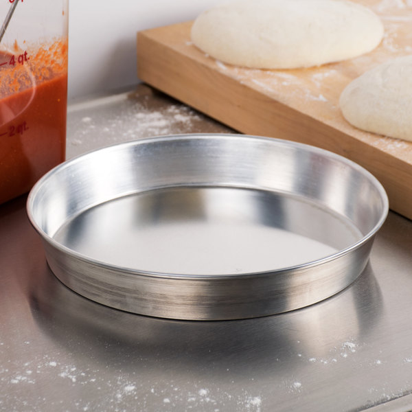 "American Metalcraft A90101.5 10"" x 1 1/2"" Standard Weight Aluminum Tapered / Nesting Pizza Pan"