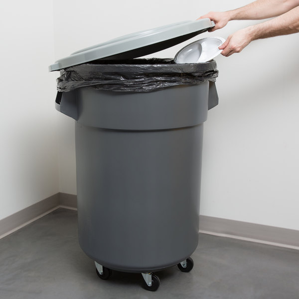 Continental 27455TCGYKIT 55 Gallon Gray Trash Can, Lid, and Dolly Kit