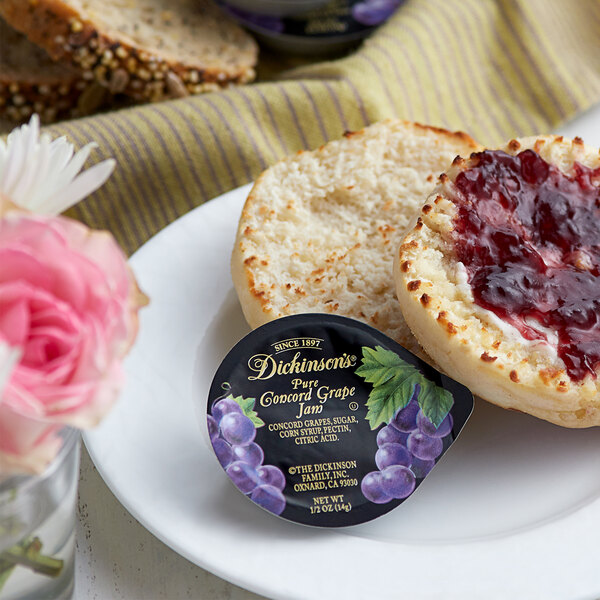 Dickinson's Pure Concord Grape Jam .5 oz. Portion Cups - 200/Case Main Image 2