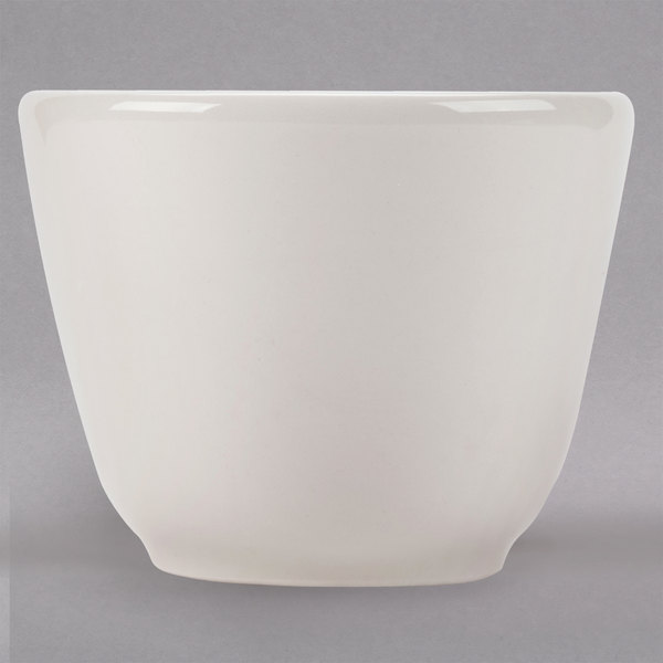Homer Laughlin by Steelite International HL12400 4.5 oz. Ivory (American White) Chinese / Asian Sake Cup - 36/Case Main Image 1