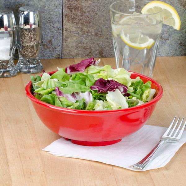 Thunder Group CR5807PR Pure Red 32 oz. Melamine Salad Bowl - 12/Pack