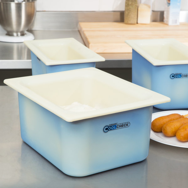 "Carlisle CM1101C1402 Coldmaster CoolCheck 1/2 Size White Cold ABS Plastic Food Pan - 6"" Deep Main Image 4"